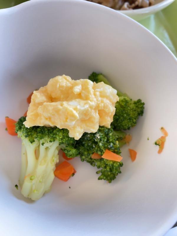 ブロッコリー卵サラダ