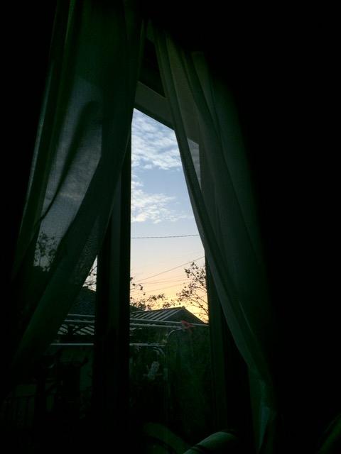 部屋から見た夕焼け
